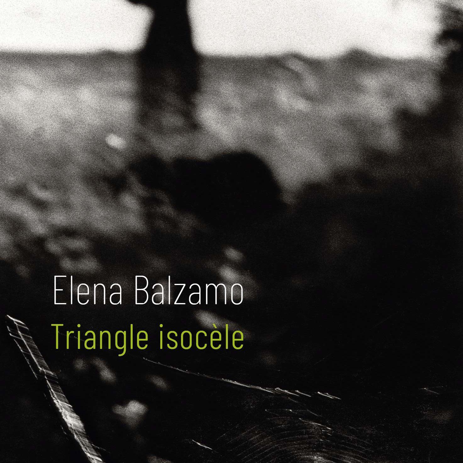 Couverture du livre Triangle Isocèle d'Elena Balzamo
